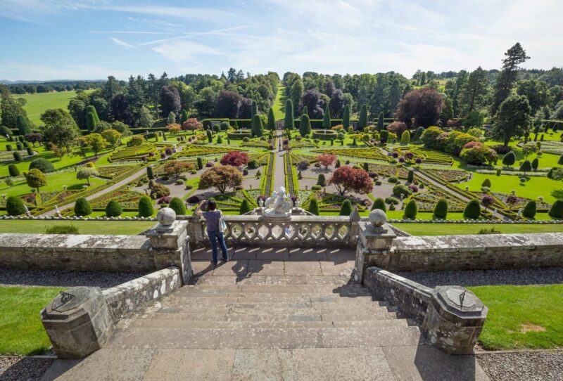 Drummond Gardens And Castle View 2